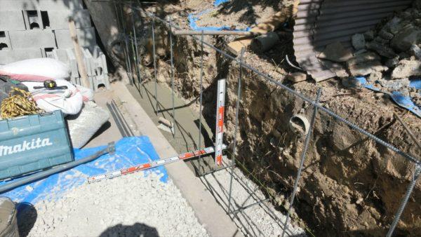 ブロック塀の基礎